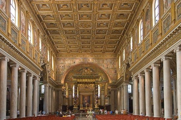 la natava della chiesa di santa maria maggiore a roma