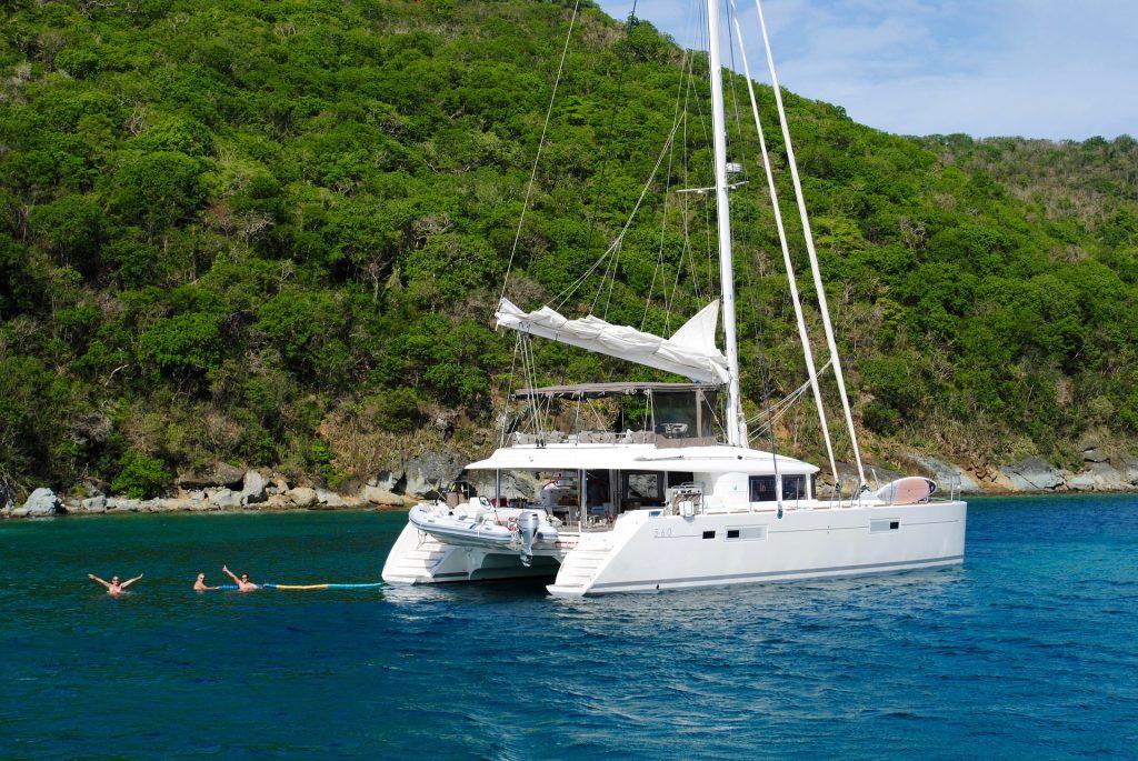 Perché organizzare un viaggio in catamarano